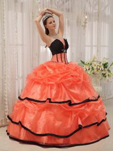 Sweet Orange Pick-ups Organza Sweet Sixteen Dresses with Beading