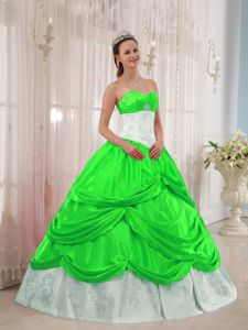 Latest Pick-ups Quinceanera Party Dress in Spring Green and White
