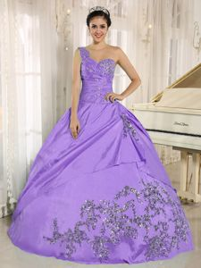 Beading Appliqued Lavender Dress for Quince with One Shoulder
