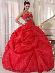 Green Appliqued Red Quinceanera Party Dress with Pick-ups