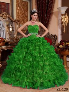 Sweetheart Green Ruffled Dress for Sweet 16 with Beading Waist