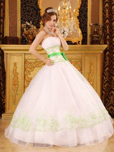 White Sweet Sixteen Quinceanera Dress with Appliques and Sashes