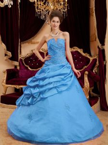 Pick ups and Appliques Accent Blue Strapless Quinceanera Dresses