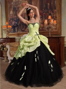 Yellow Green and Black Quinceanera Gowns with Appliques Pick ups