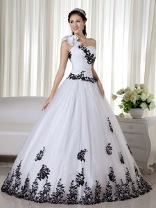 White and Black Dress for Sweet 16 with One Floral Shoulder