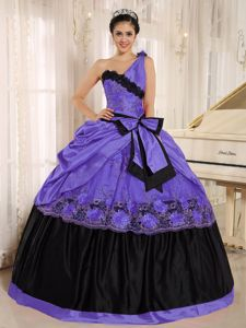 One Shoulder Purple and Black Quinceanera Dresses with Bow
