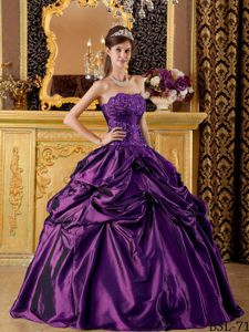 Eggplant Purple Appliqued Quinceanera Dresses with Pick-ups