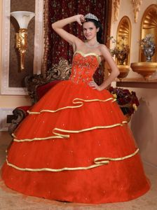 Orange Red Beading Appliqued Quince Dresses with Golden Hem