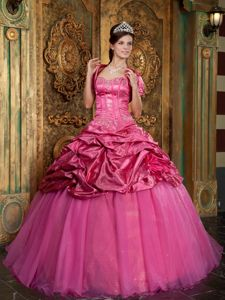 Fabulous Beading and Appliques Dresses for Sweet 16 in Hot Pink