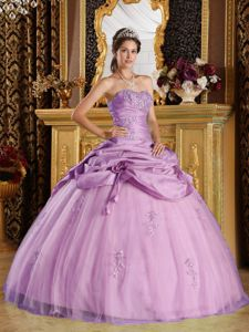 Tasty Ball Gown Vestidos Para Quinceanera with Beaded Appliques