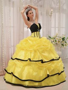 Yellow and Black Sweet Sixteen Quinceanera Dresses with Pick ups