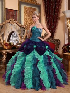 2013 Popular Colorful Quinceanera Gown with Flowers and Ruffles