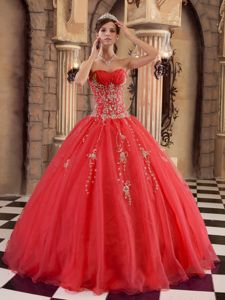 Red Ball Gown Organza Sweetheart Quinceanera Gown with Appliques