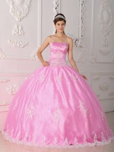 Sweet 15 Dress with Lace Appliques and Ruched Decorate Pink Color