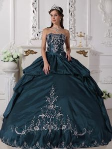 Popular Strapless Appliqued Navy Blue Sweet 16 Dress Online