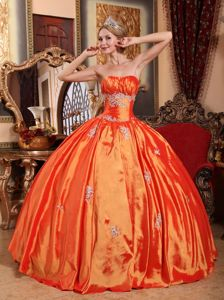 Cheap Orange Ruched Bust Quinceanera Dresses with Appliques