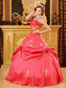 Red Strapless Quinceanera Dress with Appliques Full Skirt for 2014