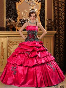 Red and Black Appliques Straps Quinceanera Dress Beaded
