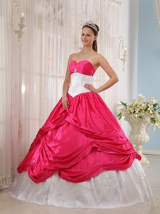 Appliqued Sweetheart Dress for Quinceanera in White and Hot Pink