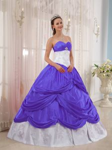 Purple and White Sweetheart Dress for Quinceanera with Appliques