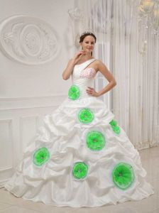 Beaded Asymmetrical White Dresses for 15 with Green Rolling Flowers