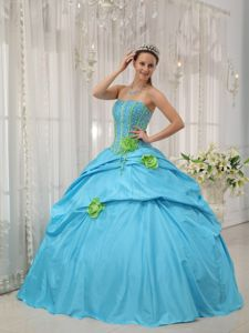 Baby Blue Taffeta Strapless Dresses for 15 with Beading Flowers