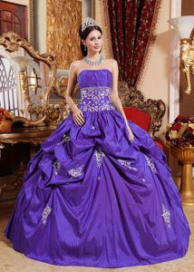 Purple Strapless Sweet Sixteen Quinceanera Dresses with Appliques