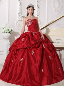 Appliqued and Ruched Taffeta Sweetheart Wine Red Sweet 16 Dress