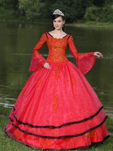 Long Sleeves Appliqued Red Quinceanera Dress with Black Hem