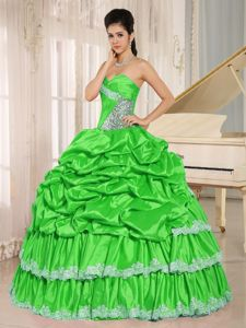 Spring Green Pick Ups Beaded Sweet 16 Dresses with Lace Hem