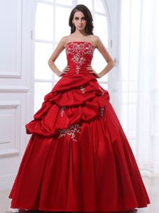 Taffeta Wine Red Quinceanera Gown with Appliques Pick Ups