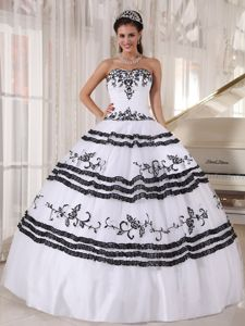 Affordable White Sweet 16 Quinceanera Dress with Appliques