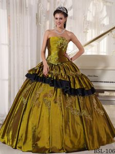 Qualified Ball Gown Corset Appliqued Olive Quinceanera Dress