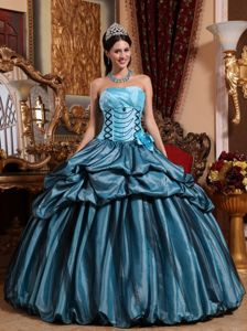 Blue Taffeta Sweet 16 Dresses with Pleated Decorate Bust and Strapless Neck