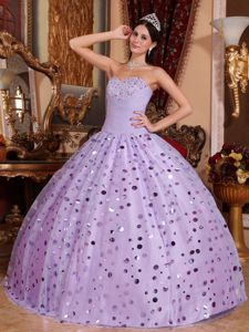 Lavender Quinceanera Dress with Beaded Decorate Bust and Sequined Skirt