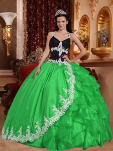 Spring Green and Black V-neck Sweet Sixteen Dresses with Appliques