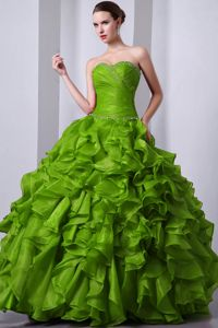 Olive Green Sweetheart Sweet 15 Dresses with Layered Ruffles