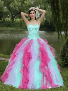 Snow White Multi-color Beaded Sweetheart Quinceneara Dresses with Ruffles