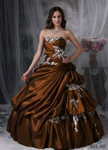 Brown Appliqued Strapless Sweet 15/16 Birthday Dress with Pleats