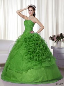 Classic Grass Green Beading Quinceanera Dresses with Rolling Flowers
