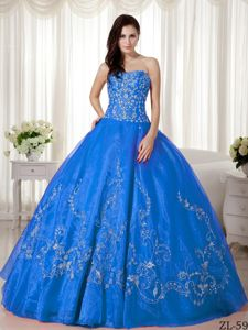 Aqua Blue Organza Bodice Dresses for a Quince with Embroidery