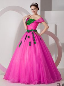 Hot Pink off Shoulders Sweet Sixteen Dresses with Appliques