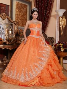 Orange Lace Hem Sweetheart Dresses for Quince with Ruffled Layers