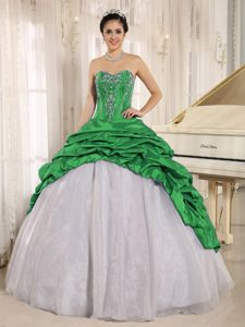 Green and White Sweetheart Quinceanera Dresses with Embroidery