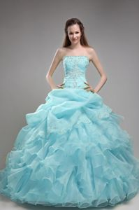 Light Baby Blue Strapless Beading Quinceanera Gowns with Ruffled Layers