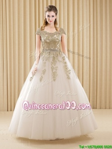 Gorgeous Scoop Beading and Appliques Vestidos de Quinceanera White Lace Up Short Sleeves Floor Length