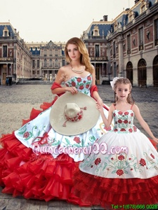 Affordable White And Red Organza and Taffeta Lace Up Quinceanera Gowns Sleeveless Floor Length Embroidery