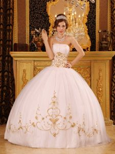 Graceful White and Gold Strapless 2013 Quinceanera Dress Ruched