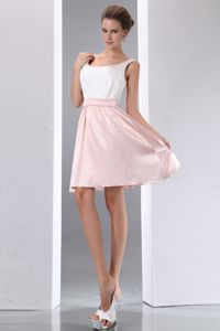 White and Pink A-line Scoop Mini-length Formal Dresses For Dama
