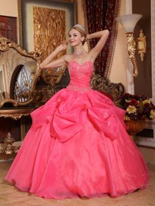 Beautiful Coral Red Sweetheart Sweet 16 Quinceanera Dress